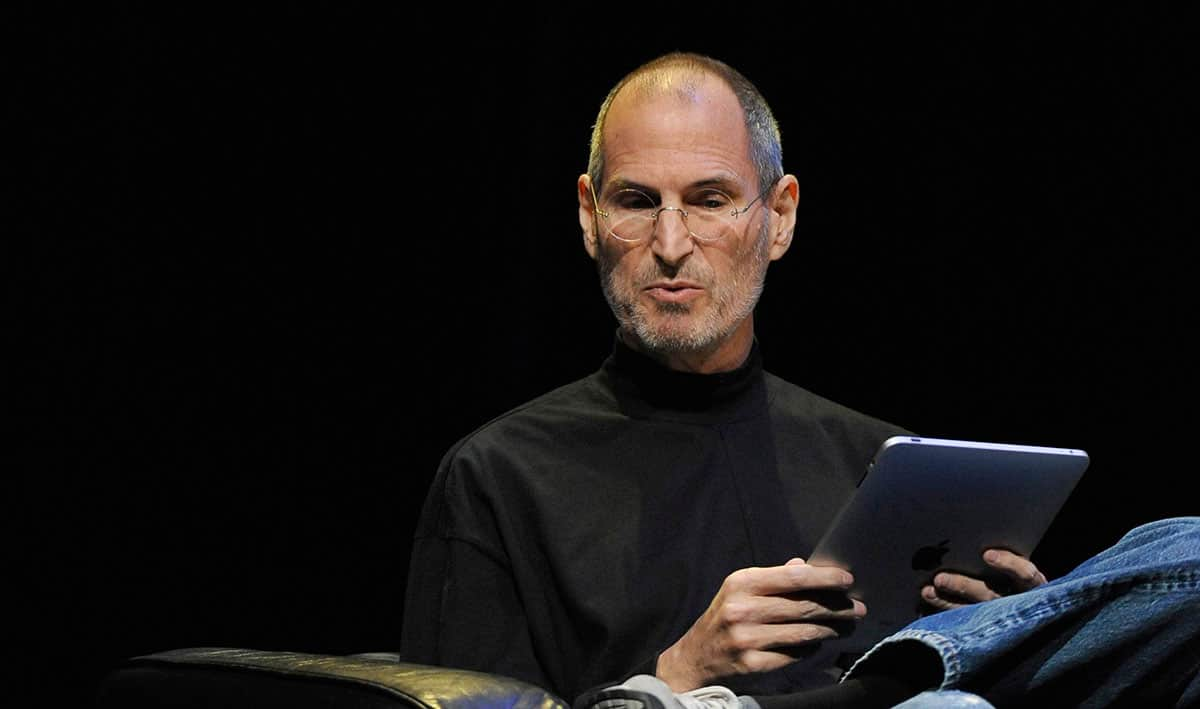 Steve Jobs stellt das erste ipad vor (2010)