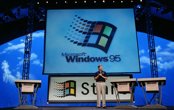 Bill Gates präsentiert Windows 95