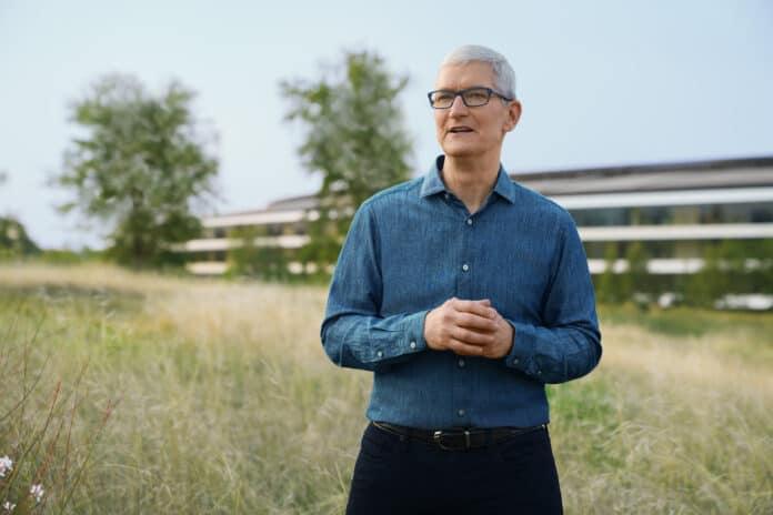 Tim Cook im Apple Park